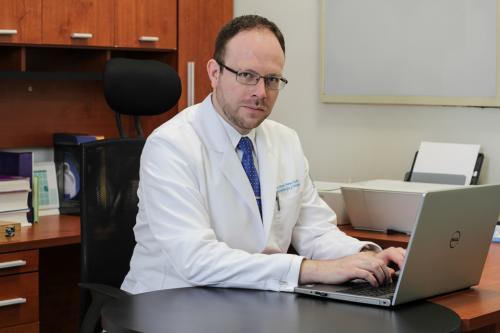 Dr. Perez Cuellar